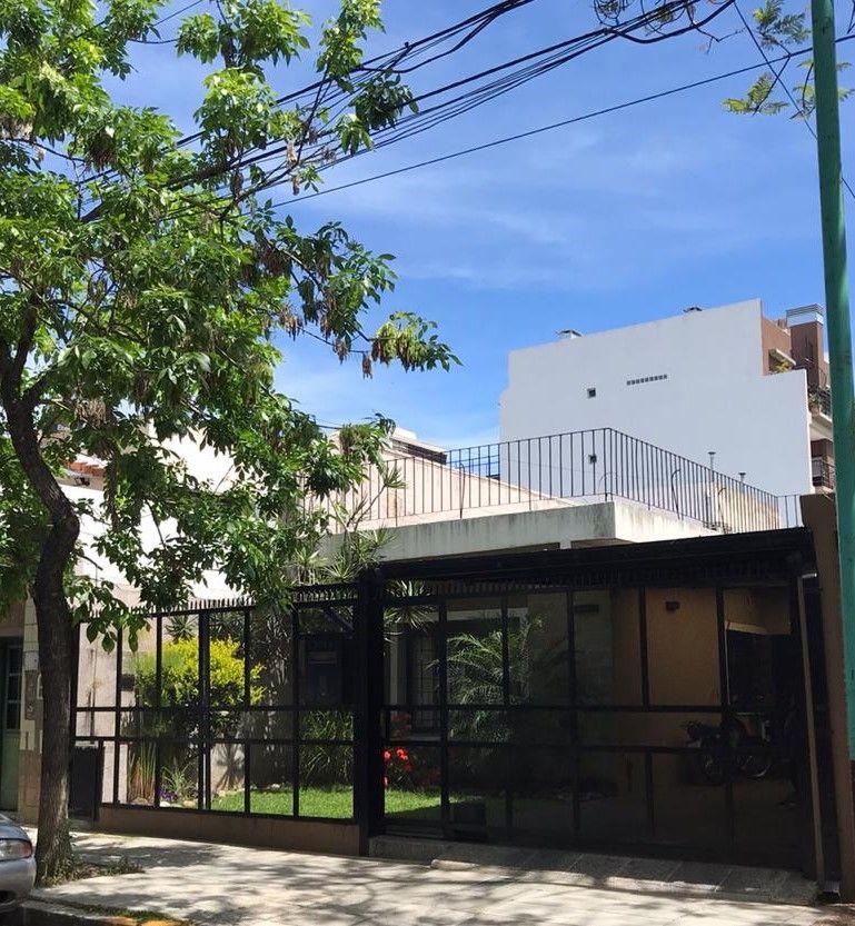 Casa en venta Coghlan 5 ambientes