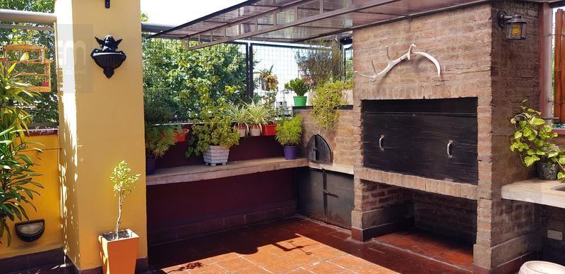 Venta de Casa 5 o mas ambientes en Parque Avellaneda