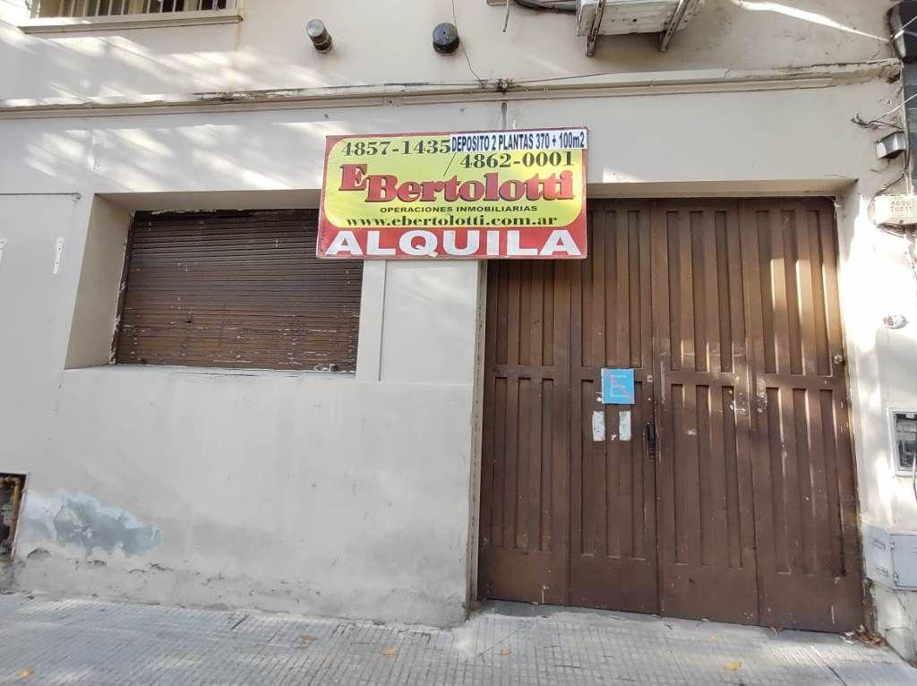 Alquiler de Galpón De 300 a 500 mts. en Villa Crespo