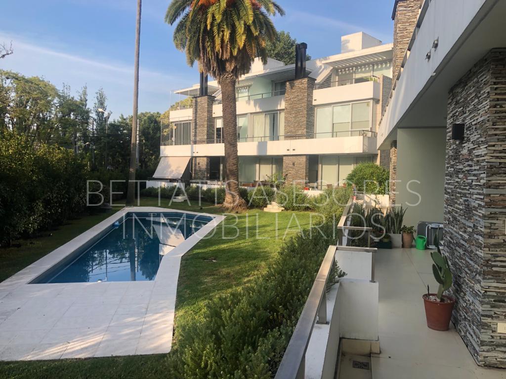 Casa en venta Punta Chica 4 ambientes