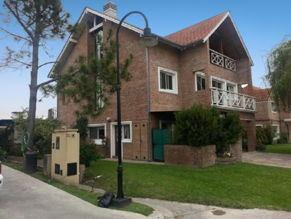 Casa en venta La Colina (tigre) 7 ambientes