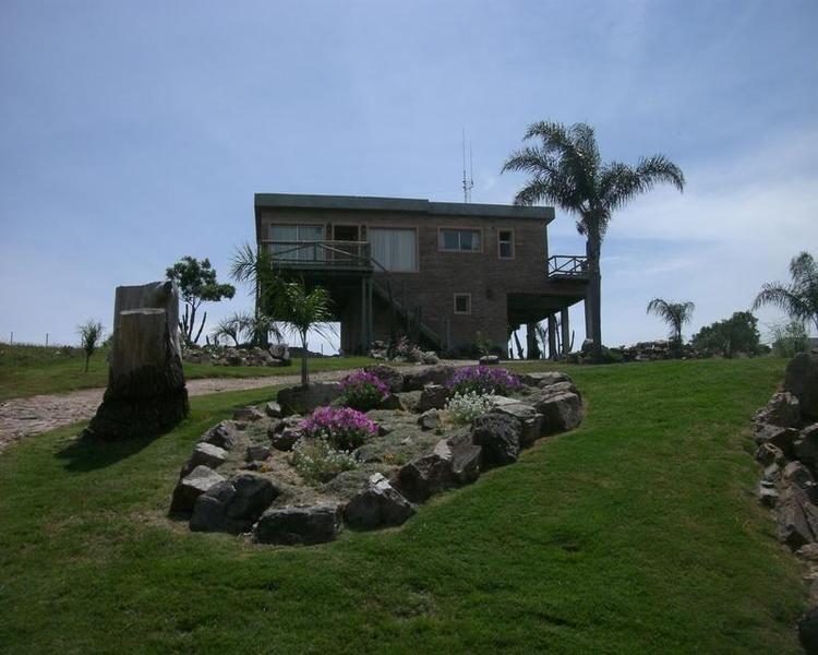 Casa Venta o Alquiler en Punta del Este PUNTA BALLENA de 3 Dormitorios