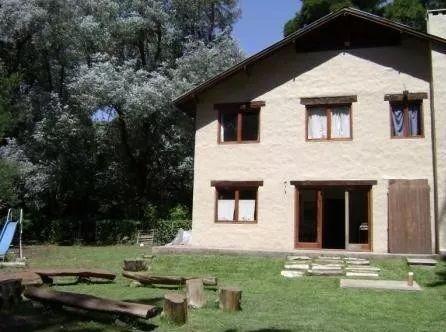 Casa en alquiler Bosque Peralta Ramos 5 ambientes