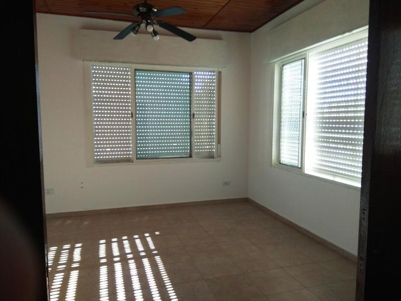 Oficina en alquiler Caseros 2 ambientes