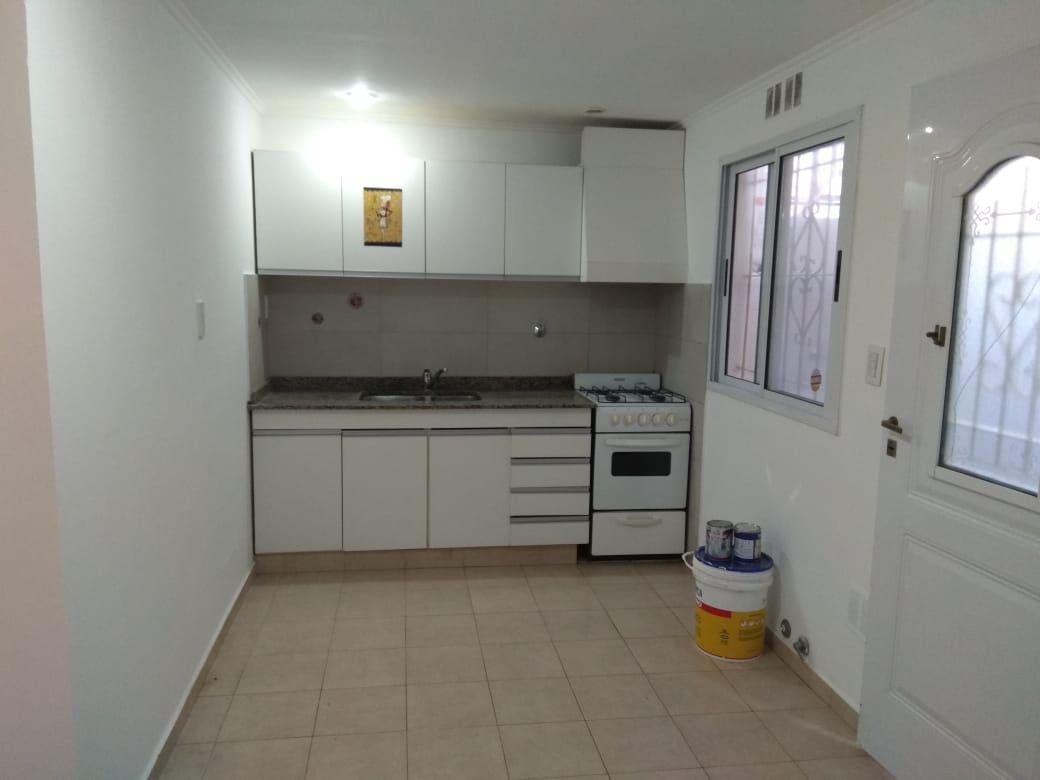 Departamento en alquiler Caseros 3 ambientes
