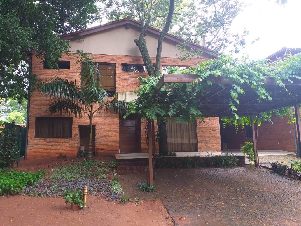 Casa en Barrio Cerrado Villa Del Parque, Lurelty 3 dormitorios