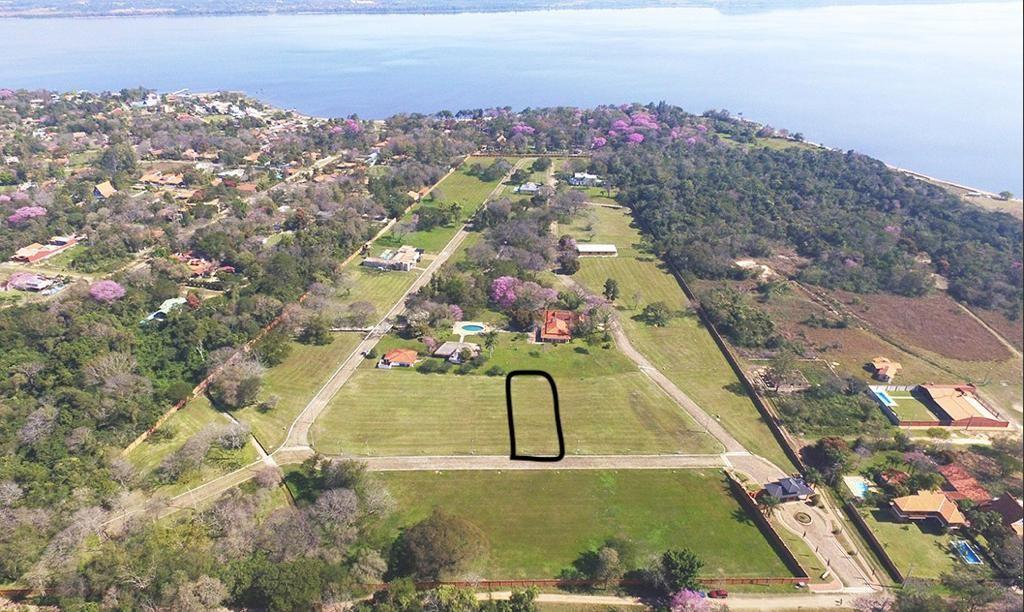 Terreno en Villa Delfina monoambiente