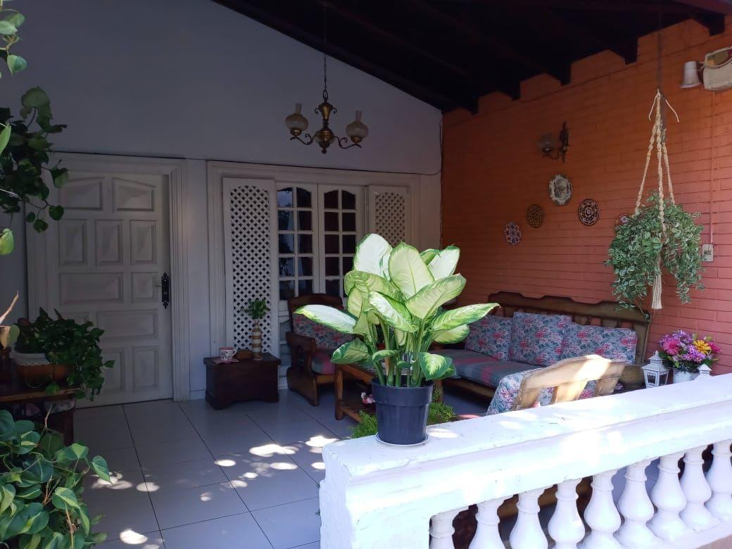 Casa en venta Barrio Obrero 6 dormitorios