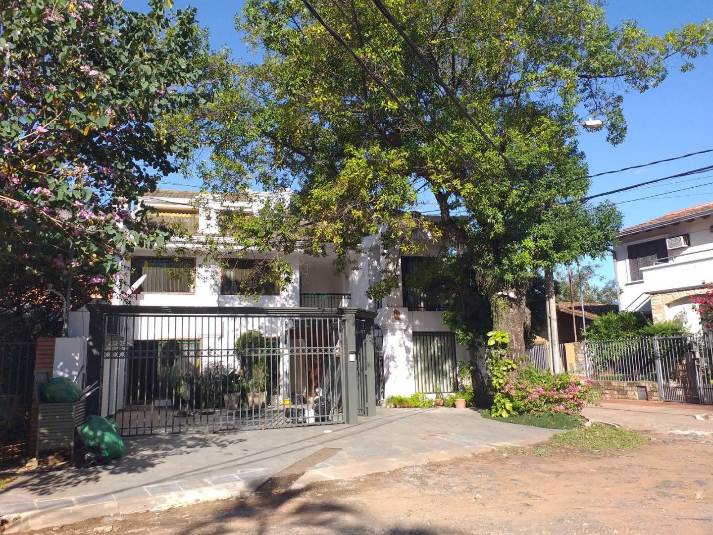 Casa en Mburicao 3 dormitorios