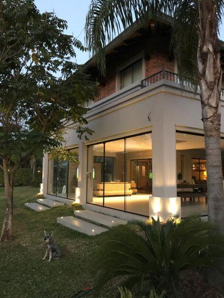 Casa en venta Zarate Isla 4 dormitorios