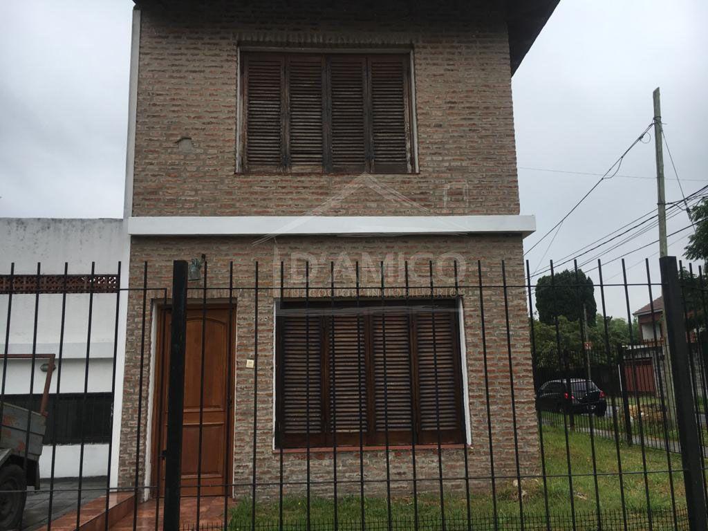 Alquiler de Casa 4 ambientes en Morón Castelar