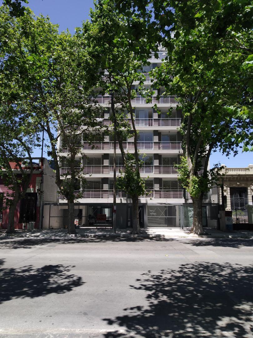 VENTURA 810 - Edificio en La Blanqueada