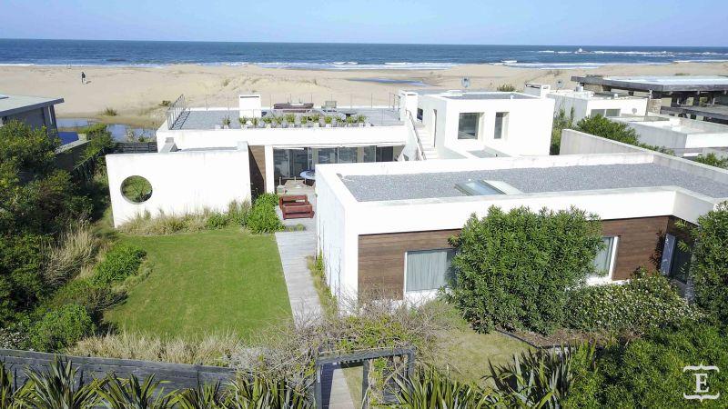 Casa en alquiler temporario Club De Mar 5 dormitorios