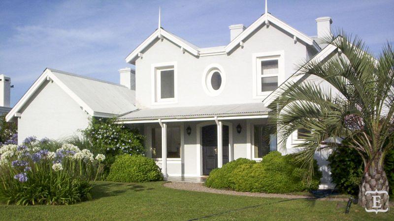 Casa en alquiler temporario Club De Mar 4 dormitorios