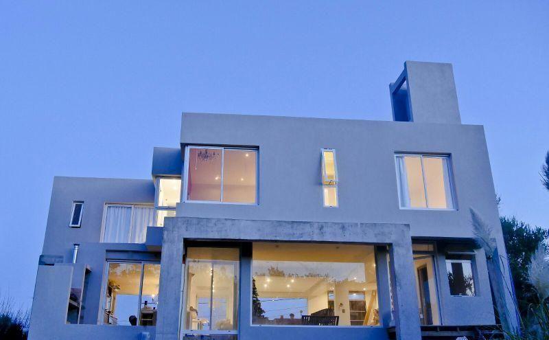 Casa en alquiler temporario Mar Azul 5 ambientes