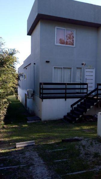 Casa en alquiler temporario Mar Azul 6 ambientes