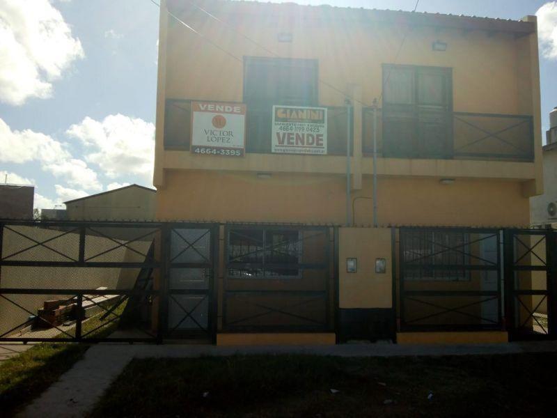 Casa en venta José C Paz 3 ambientes