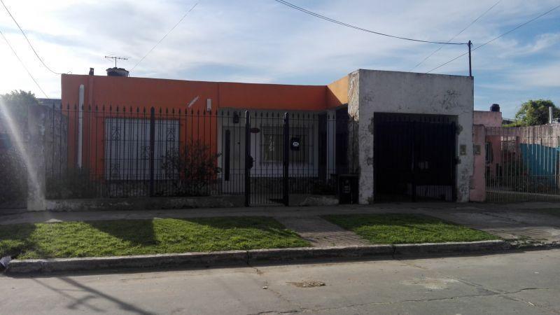 Casa en venta San Miguel 3 ambientes