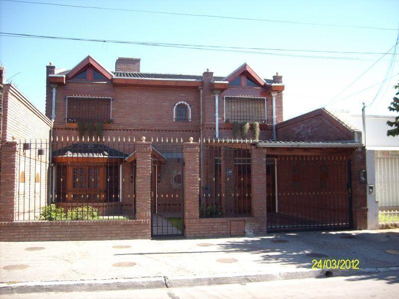 Casa en venta Muñiz 4 ambientes