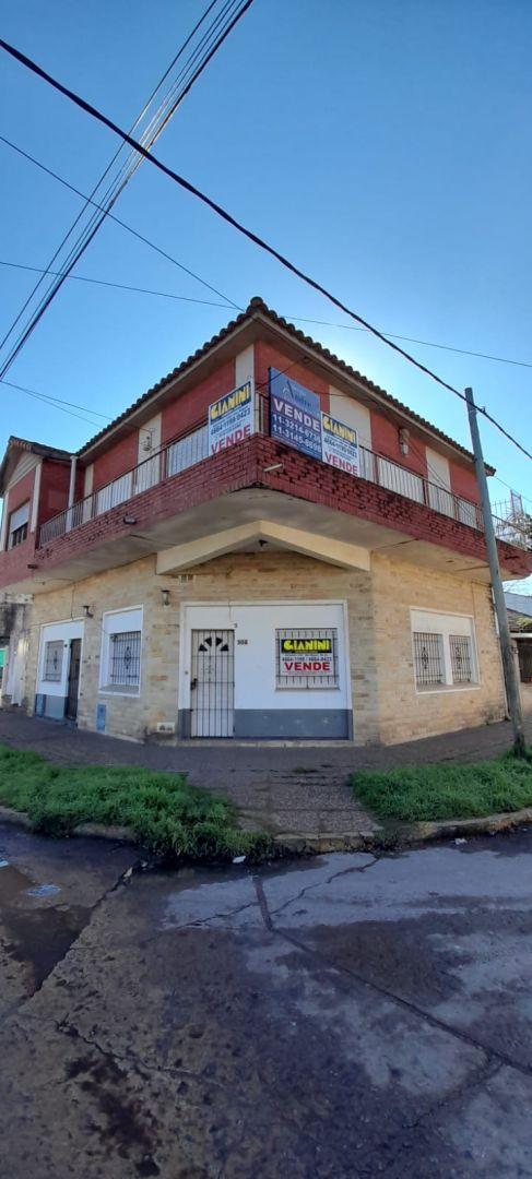 Casa en venta Jose C, Paz 7 ambientes