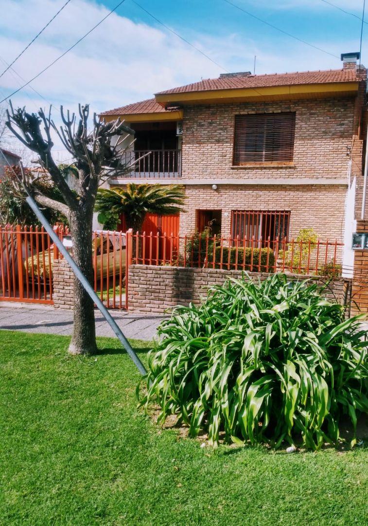 Casa en venta 5 ambientes