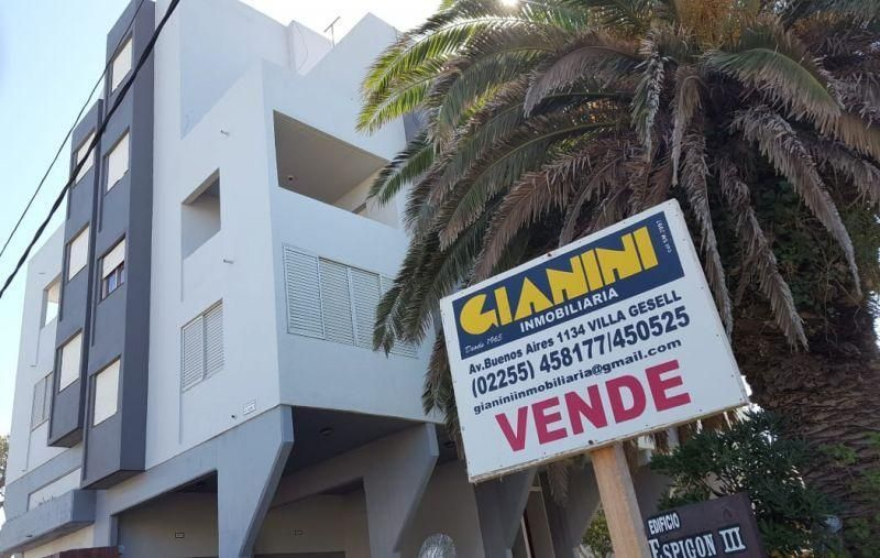 Departamento en venta y alq. temporario Villa Gesell 3 ambientes