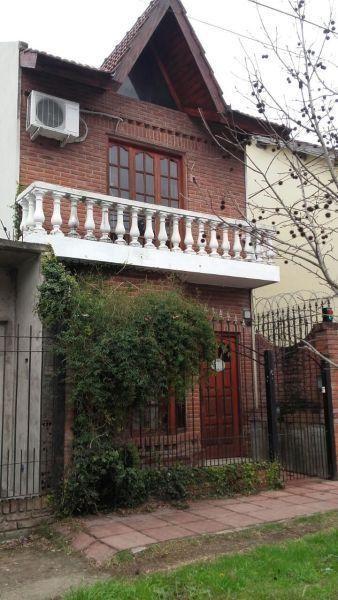 Casa en venta San Miguel 4 ambientes