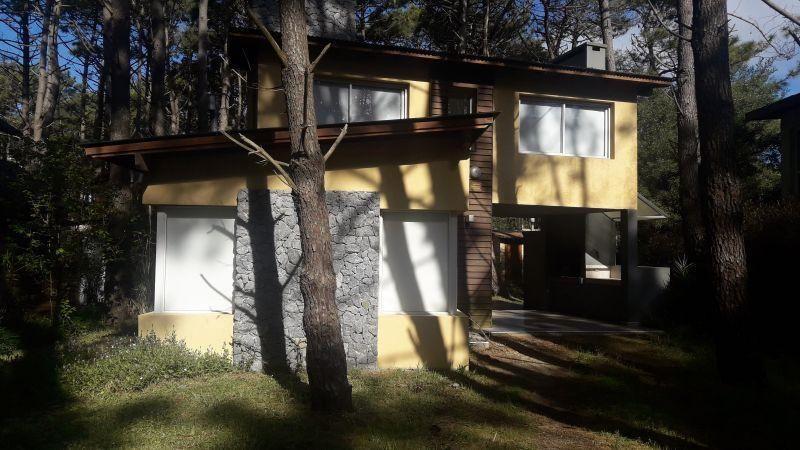 Casa en alquiler temporario Mar De Las Pampas 3 ambientes