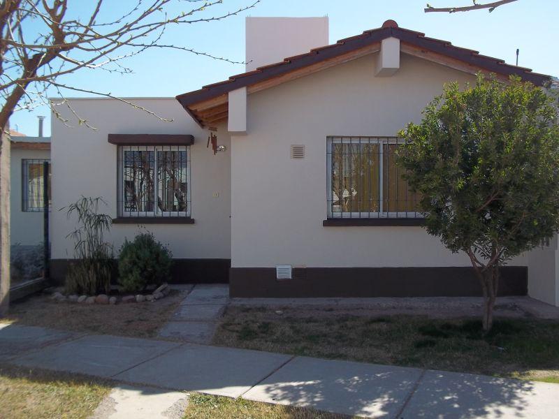 Casa en Barrio Cooperativa Rodeo Del Medio 2 dormitorios