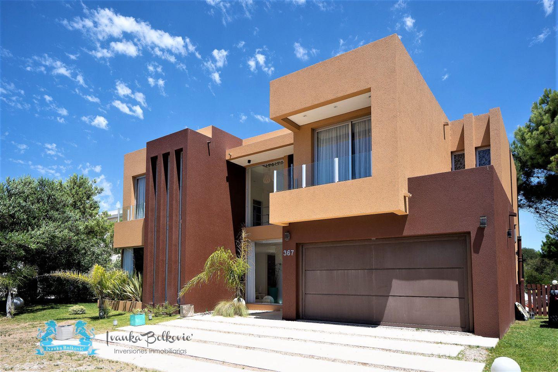 Casa en Isla Del Golf 5 ambientes