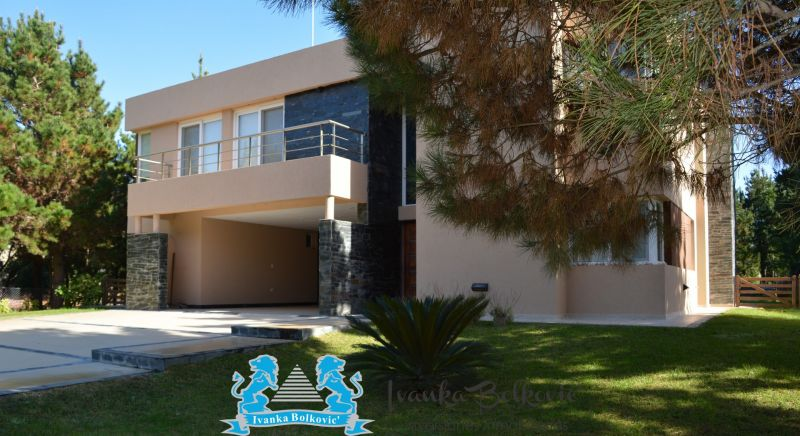 Casa en Residencial I 6 ambientes