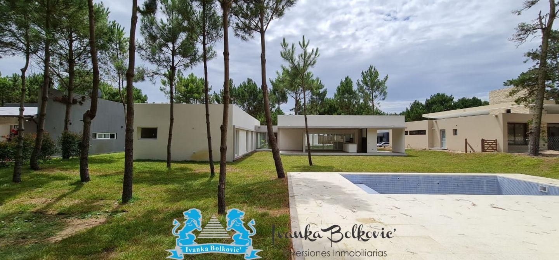Casa en La Herradura 4 ambientes