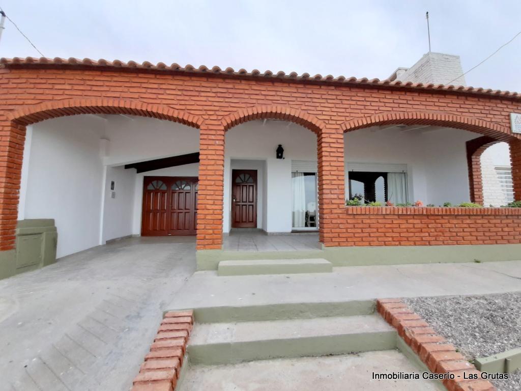 Casa en alquiler temporario Bucha Laufquen 3 dormitorios