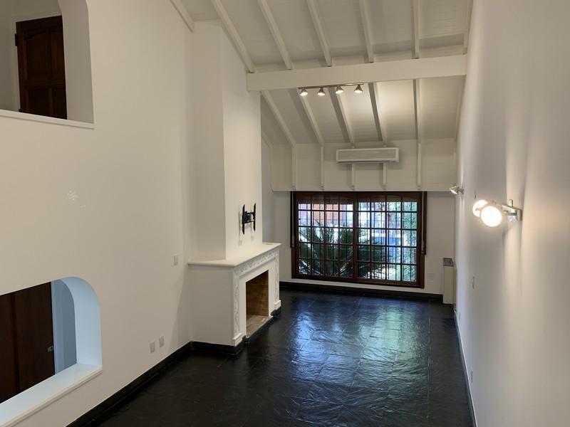 Casa en venta Pilar 4 ambientes
