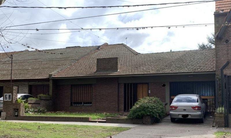Casa en venta San Isidro 4 ambientes