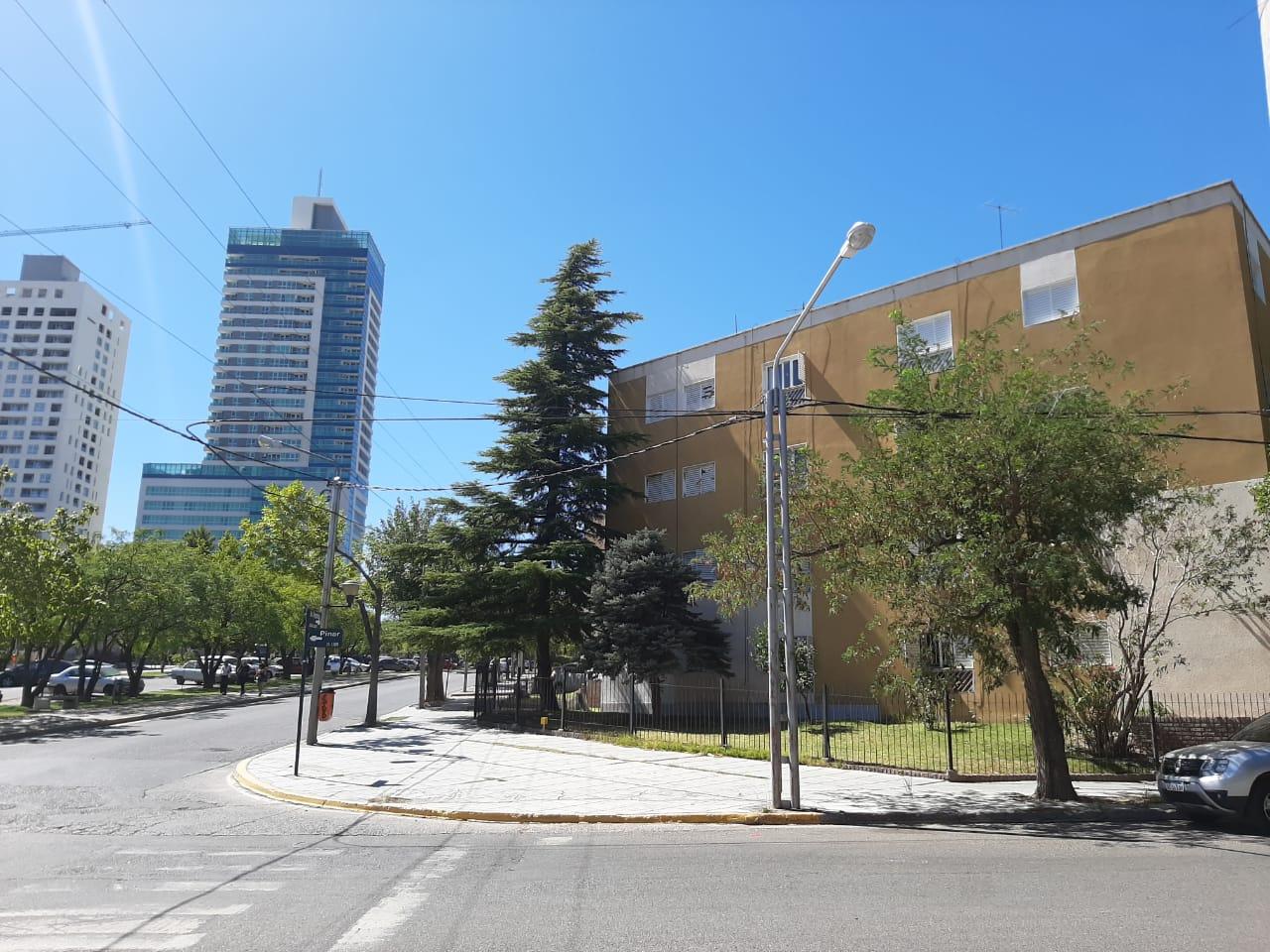 Departamento en Neuqu�n, Centro Este   MEM366   Mercado Inmobiliario