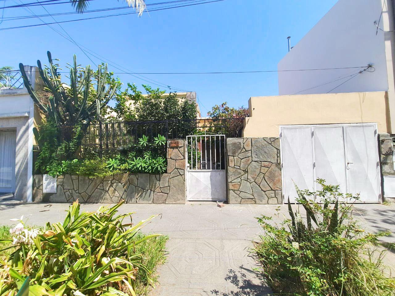 Casa en venta Maria Selva 2 ambientes