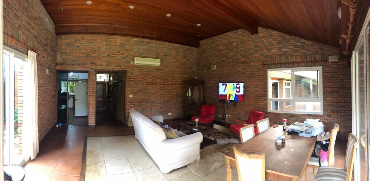 Casa en venta Villa Sarita 4 dormitorios
