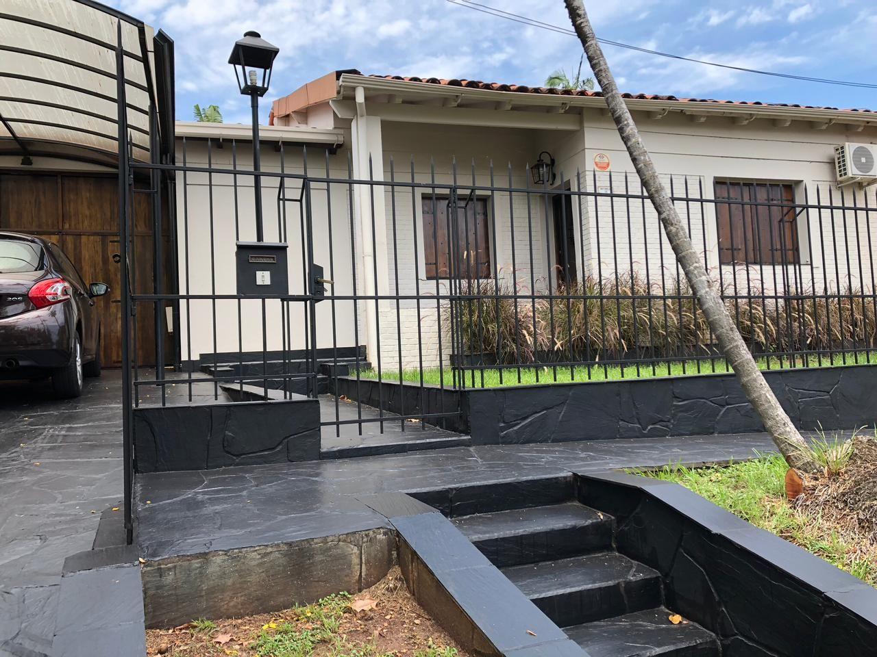 Casa en venta Aguacates 3 dormitorios