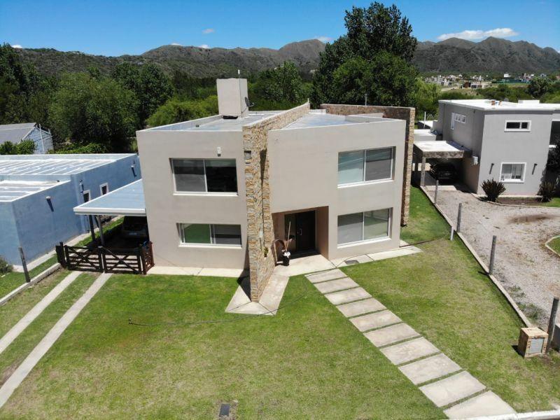 Casa en venta La Pancha I 7 ambientes