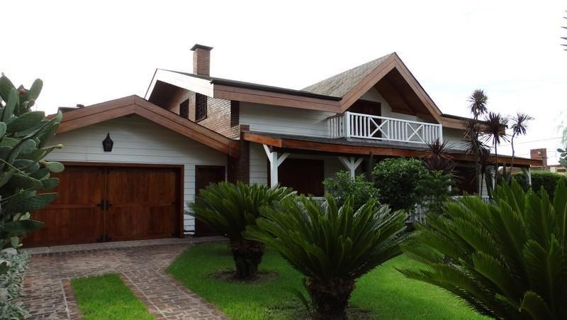 Casa en venta Ciudad Jardín Lomas 6 ambientes