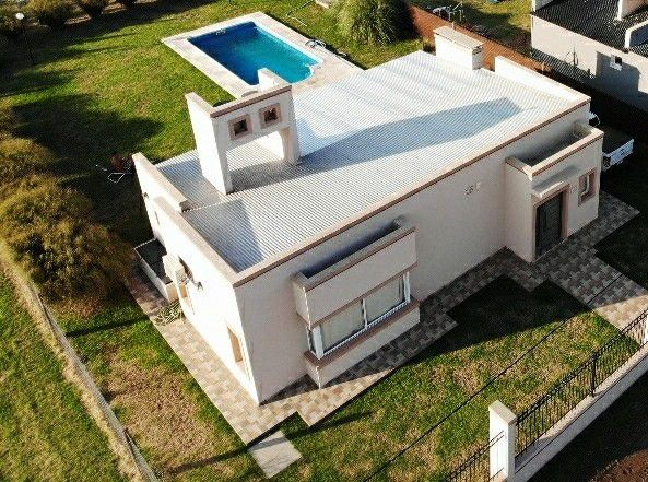 Casa en venta Don Felipe 1 ambiente