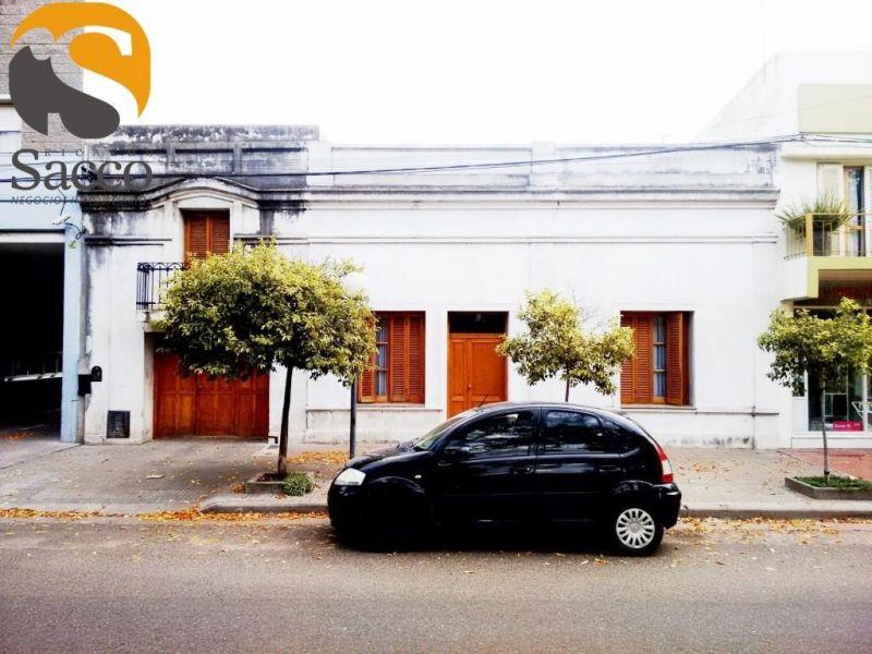 Casa en venta Colegio Di Geronimo 3 dormitorios