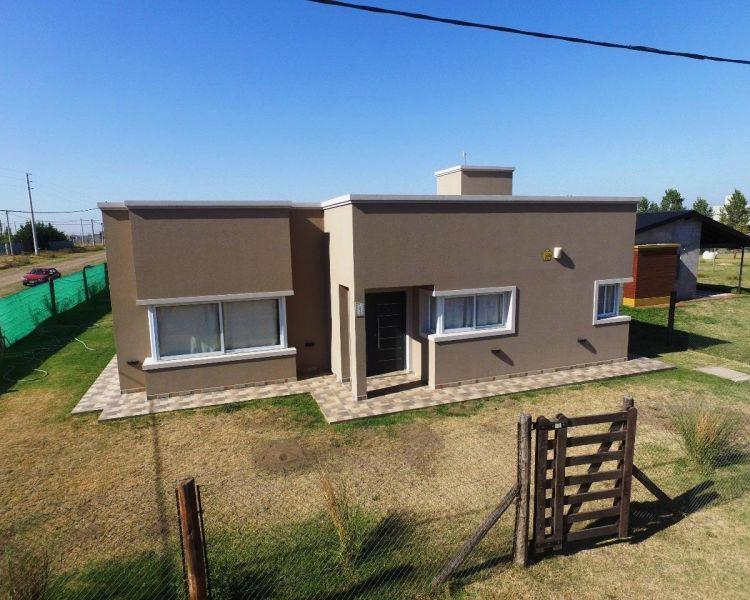 Casa en venta y alq. temporario Don Felipe 1 ambiente