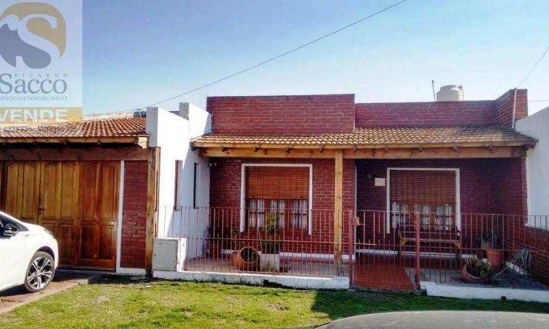 Casa en venta Loteo De Font 3 dormitorios