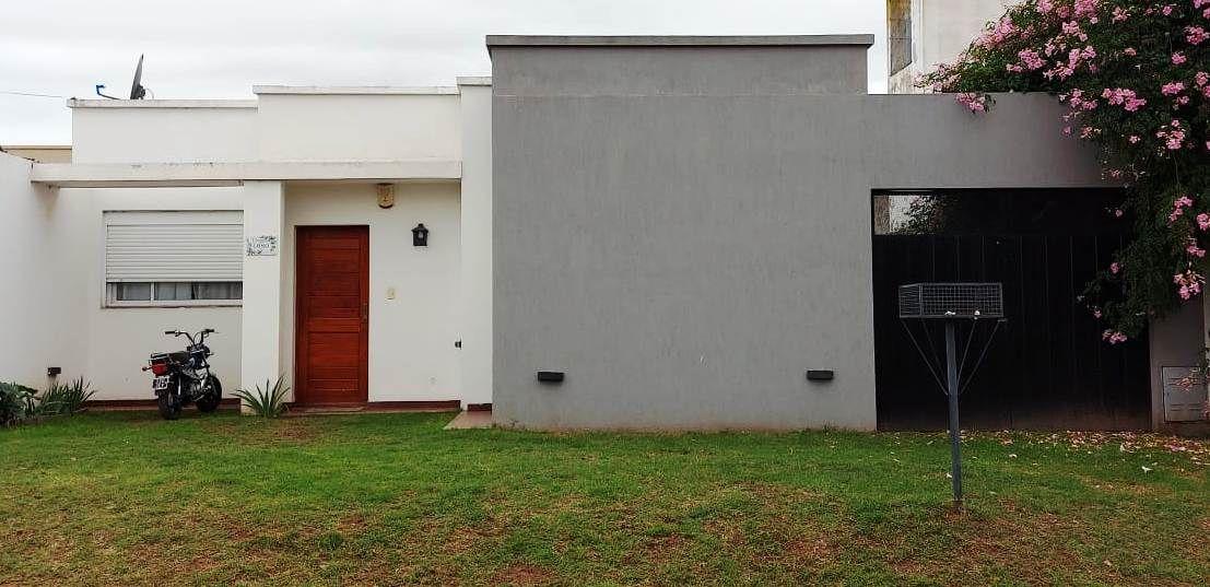 Casa en venta Utn 2 dormitorios