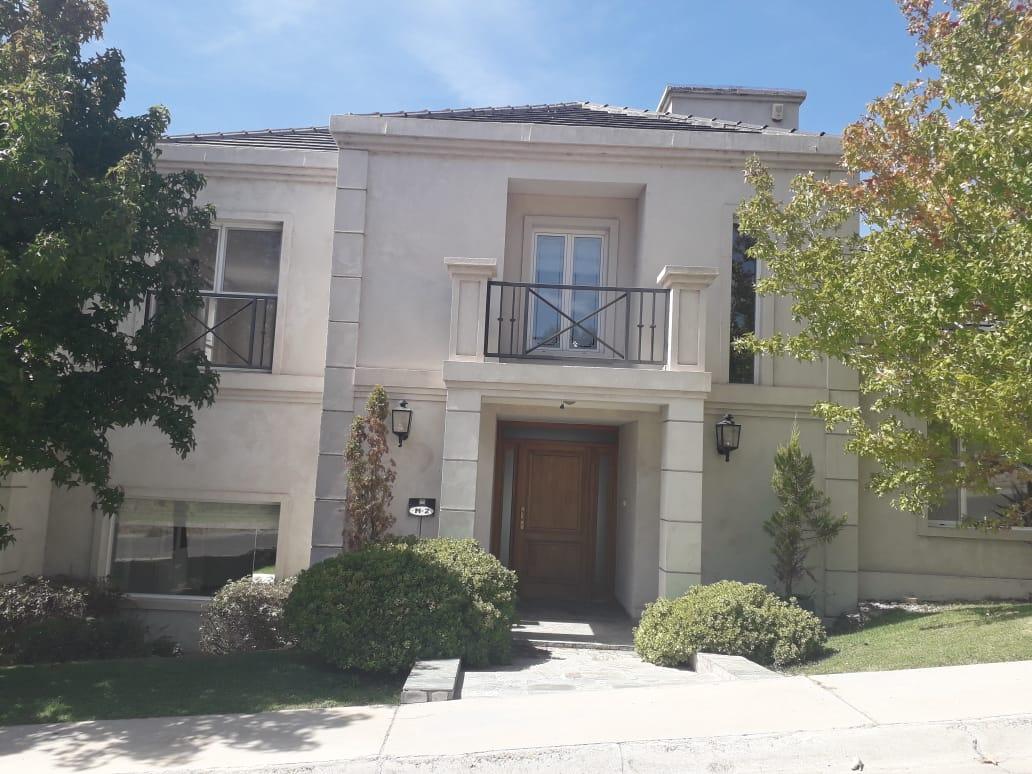 Casa en Neuquén, Bocahue | VIF563 | Viñuela & Ferracioli Servicios Inmobiliarios
