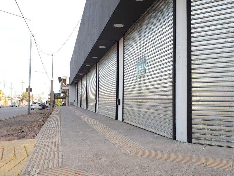 Local en Neuquen Capital, Oeste   VIF686   Viñuela & Ferracioli Servicios Inmobiliarios