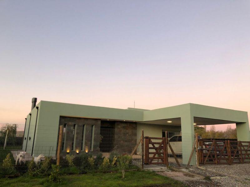 Casa en Confluencia, Los Prados | VIF734 | Viñuela & Ferracioli Servicios Inmobiliarios
