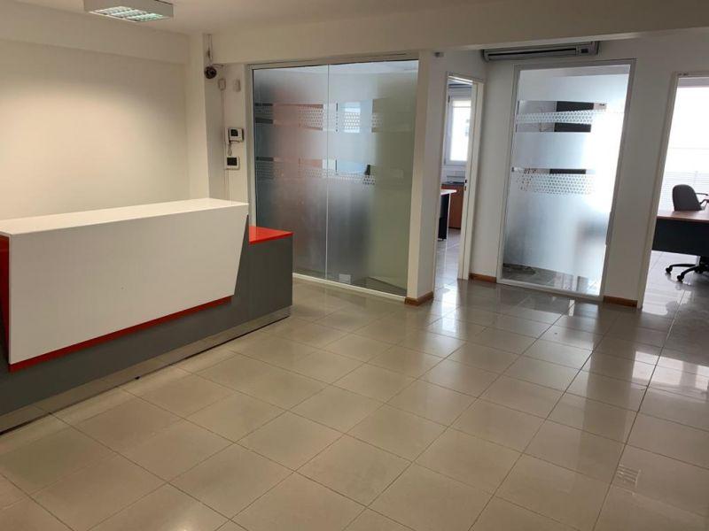 Oficina en Neuquen, área Centro | VIF744 | Viñuela & Ferracioli Servicios Inmobiliarios